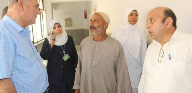 """رئيس """"مطاي"""" في المنيا يتابع انتظام الخدمة الطبية بعدد من المستشفيات"""