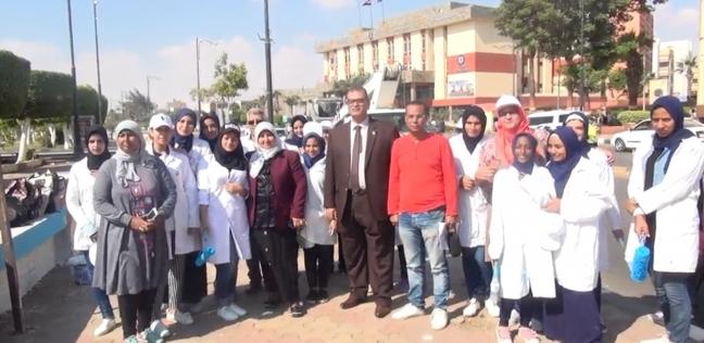 """28 ألف طالب بالسويس ينهون برنامج """"لافارج"""" لــ""""السلامة والصحة المهنية"""""""
