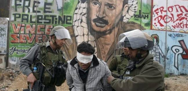 قوات الاحتلال تعتقل 7 فلسطينيين.. وتتوغل شرق رفح
