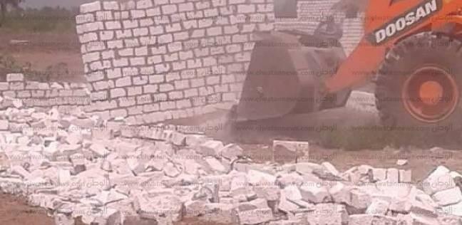 بالصور| حملة لإزالة التعديات على أملاك الدولة في سيدي سالم بكفر الشيخ