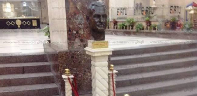 """للمرة الثانية في 3 أشهر.. كسر أحد أعمدة تمثال """"عبد الناصر"""" بـ""""ماسبيرو"""""""