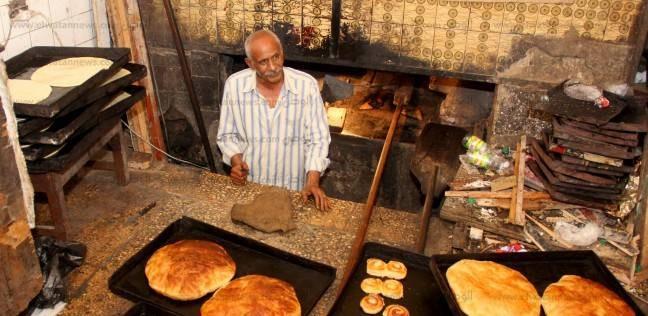 «السمنية» و«المانجأونة» حلوى البورسعيدية.. سرها فى المقادير