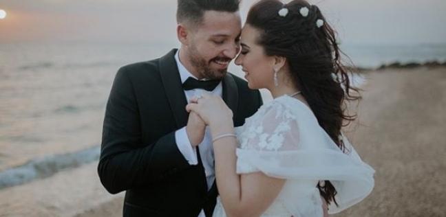 """نجوم الفن يهنئون محمود حجازي وأسما شريف منير: """"دايما ينتصر الحب"""""""