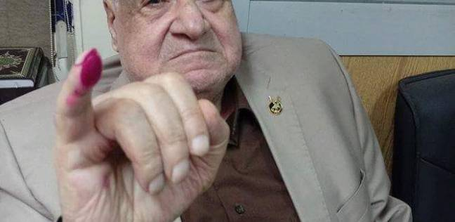 الفريق جلال هريدي يدلي بصوته بالانتخابات: انزل وشارك لبناء مستقبل مصر
