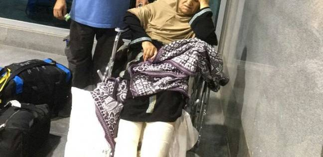 سلطات مطار القاهرة تخصص سيارتي إسعاف لنقل حالتين من حجاج فلسطين