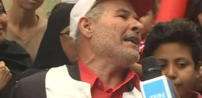 بالفيديو  أحد الناخبين بالجيزة يلقي قصيدة شعر في الرئيس السيسي