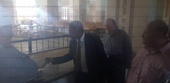 نائب رئيس جامعة الأزهر لوجه قبلي يتفقد مطعم المدينة الجامعية بأسيوط