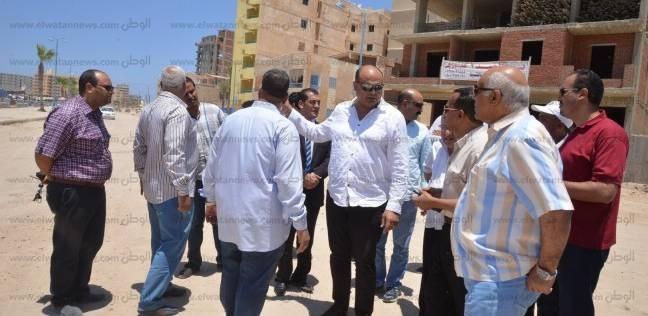 """""""أبو زيد"""" يتابع أعمال التطوير والتجميل بمدينة مرسى مطروح"""