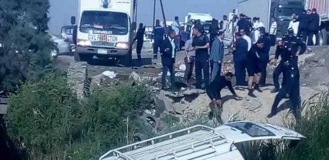 عاجل| مصرع شخص وإصابة 15 آخرين في حادث انقلاب بطريق الضبعة