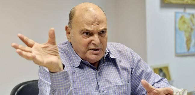 """""""دفاع النواب"""": """"البشير"""" يفتعل المشاكل مع مصر للتغطية على أزماته"""