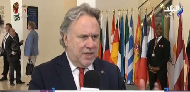 وزير الخارجية اليوناني يحذر تركيا من التنقيب في