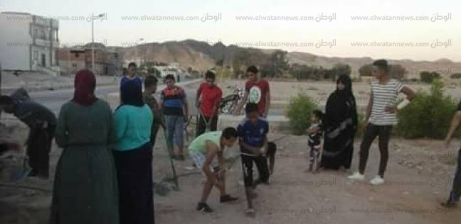 """بالصور  """"شباب جنوب سيناء"""" يواصل حملات """"شارك ونظف"""" بمدن المحافظة"""