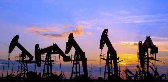 النفط ينخفض مع تجدد المخاوف من حرب تجارية