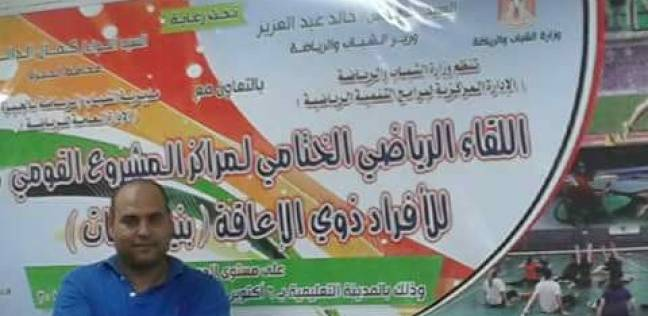 """""""حكم الإخوان غربة"""".. عصام ضمور عضلاته لم يمنعه من """"ضرب مرسي بالجزمة"""""""