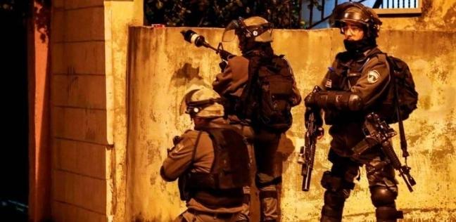 الاحتلال يطلق النار على فلسطينية نفذت عملية طعن في القدس وأصابت جنديين