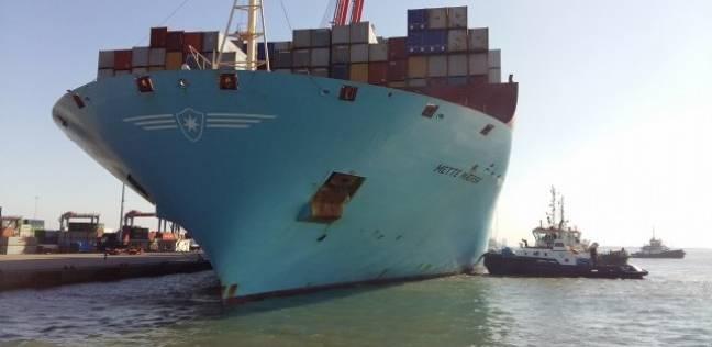 تعطل الملاحة بالكيلومتر 73 بعد غرق صال بمجرى قناة السويس