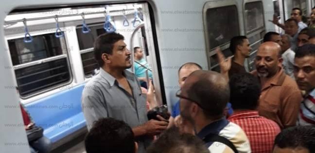 """""""المترو"""" تدفع بـ7 قطارات إضافية بالخطين الأول والثاني لمواجهة الزحام"""