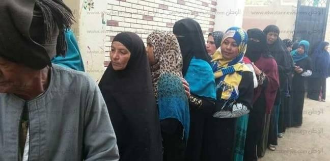 إقبال كبير من سيدات الشوبك والبدرشين للإدلاء بأصواتهن في الانتخابات