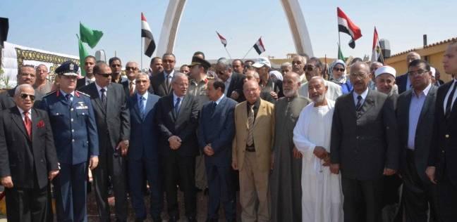 افتتاح البوابة الفرعونية بمدخل مدينة المنيا احتفالا بنصر أكتوبر