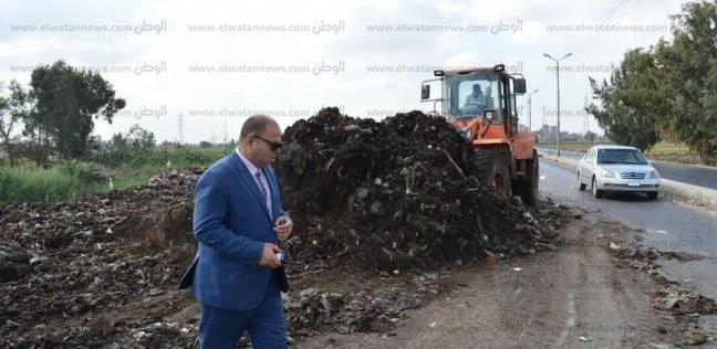 بالصور| مساعد محافظ كفر الشيخ يتابع استكمال ردم رافد الطريق الدولى