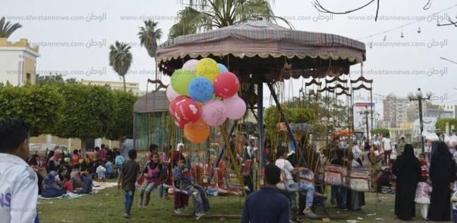 """مواطنون يقضون العيد في """"صنعاء كفر الشيخ"""": """"فرحة أكتر.. سعر أقل"""""""