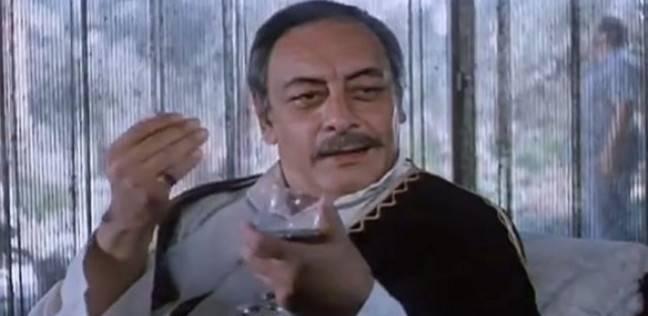 مترجم وشيال في سوق الخضار.. مهن مارسها جميل راتب قبل دخوله عالم الفن