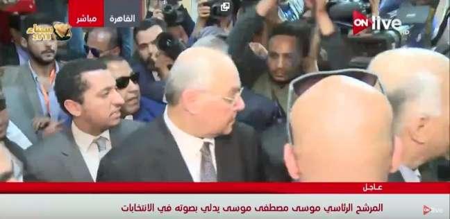 بالفيديو| موسى مصطفى موسى يدلي بصوته في عابدين
