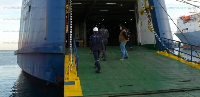 16 سفينة بموانئ البحر الأحمر.. وتداول 325 شاحنة و88 سيارة