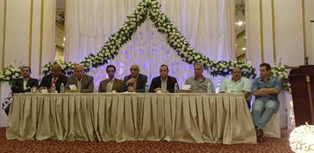 بعثة مصر للطيران تجتمع بجدة لمناقشة استعدادات عودة الحجاج إلى مصر
