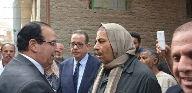محافظ الدقهلية يعزي أسرة الشهيد محمد شلال ويوافق على مطالب أسرته