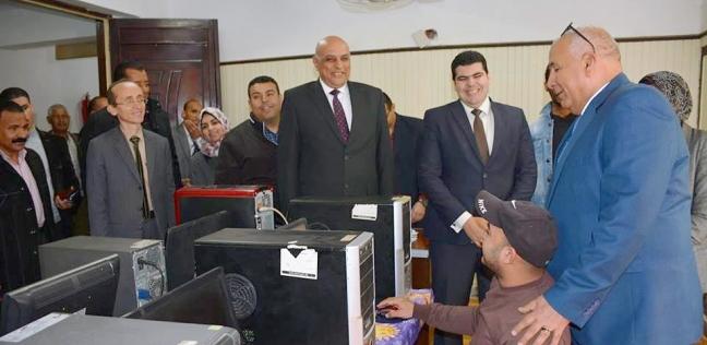 """محافظ الوادي الجديد يتفقد أعمال اختبارات """"المجلس التطوعي للشباب"""""""
