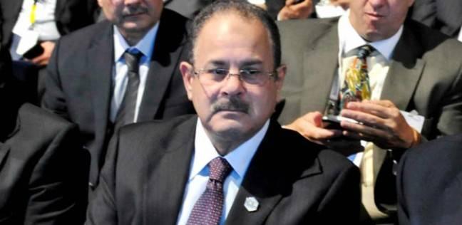 """وزير الداخلية يدلي بصوته في """"الشهيد هشام عزب"""" بمدينة نصر"""