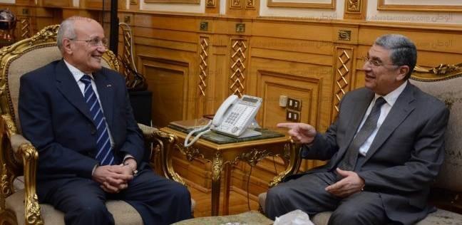 وزير الإنتاج الحربي يبحث التعاون مع الصين في مجال إقامة أبراج الكهرباء