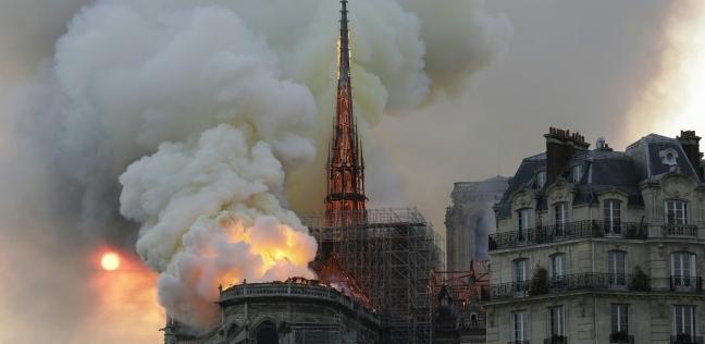 فيديو| اللحظات الأولى لحريق كاتدرائية نوتردام في باريس