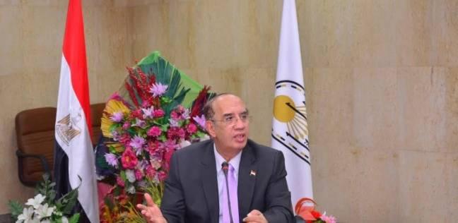 رئيس جامعة أسيوط يجدد الثقة في تعيين عدد من عمداء الكليات