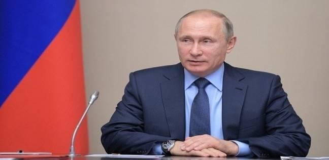"""""""بوتين"""" يهدى نظيره الصيني مصباحا من الأحجار الكريمة """"اليشم"""""""