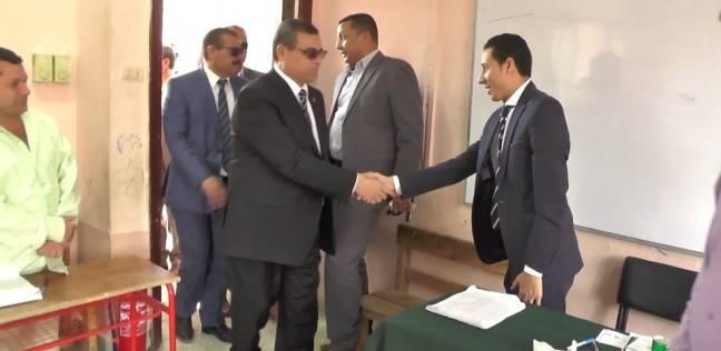 محافظ الفيوم: المشاركة في الانتخابات رسالة بما تعيشه مصر من ديمقراطية