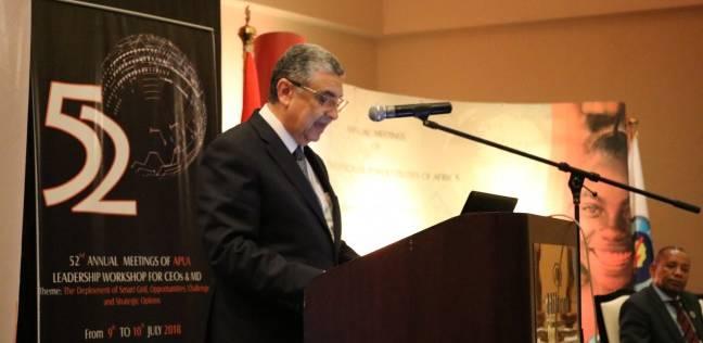 وزير الكهرباء: تركيب من 1 إلى 1.5 مليون عداد سنويا