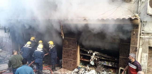 حريق في 3 محلات بروض الفرج دون إصابات.. والدفع بـ8 سيارات إطفاء