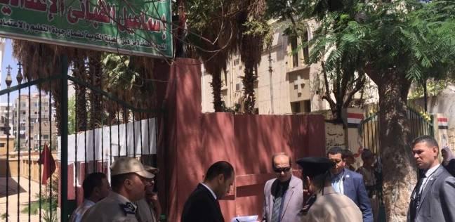 218 طالبا بالثانوية العامة في أسيوط يؤدون امتحان اللغة العربية دور ثان
