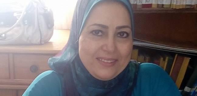 مدير إدارة تعليمية بالإسكندرية لطالبات ثانوي بطابور الصباح: مصر خط أحمر