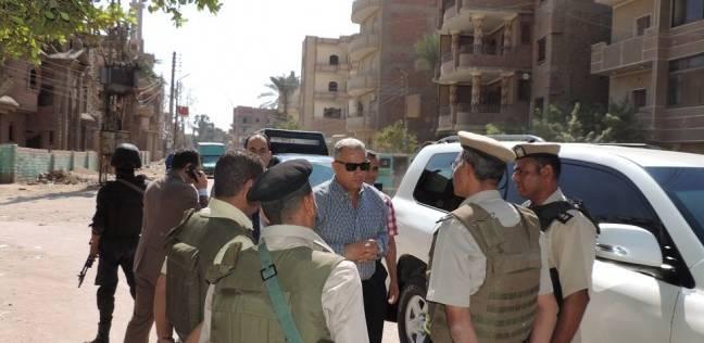 مدير أمن الفيوم يتفقد التمركزات الأمنية في سنورس