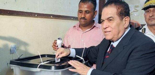 """كمال الجنزوري يدعو المصريين للتصويت بكثافة: """"اللي جي خير كبير أوي"""""""