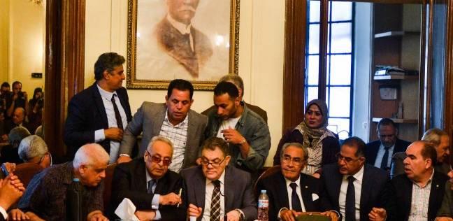 عاجل| فوز هاني سري الدين بمنصب السكرتير العام للوفد