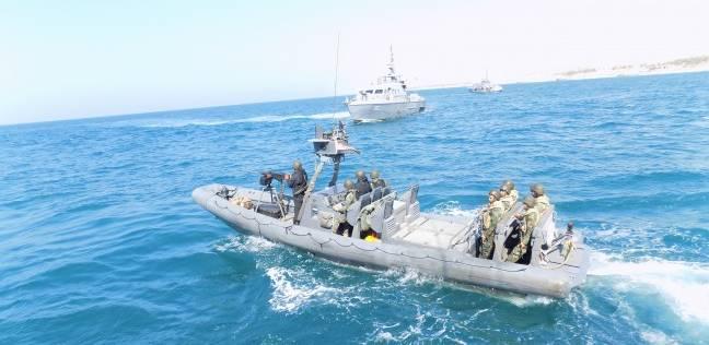 أبطال «الصاعقة البحرية».. رجال «المهام الصعبة» يحكمون الخناق على الإرهابيين ويقطعون خطوط الإمداد للتكفيريين