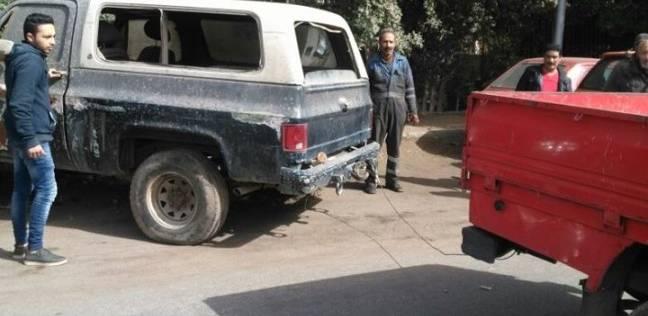 رفع 55 سيارة ودراجة نارية متروكين في الشوارع والطرق الرئيسية بالقاهرة