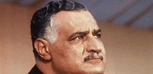 """""""قطاع الأعمال"""" توقف بيع 3 تماثيل لعبد الناصر في مزاد: قيمة تاريخية"""