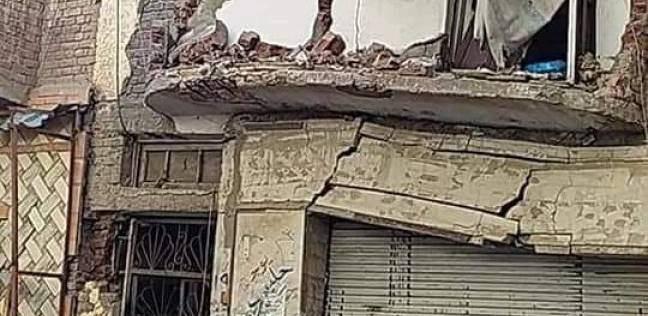 عقار مائل يهدد سكان بالإسكندرية.. والمحافظة: إجراءات للحد من خطورته