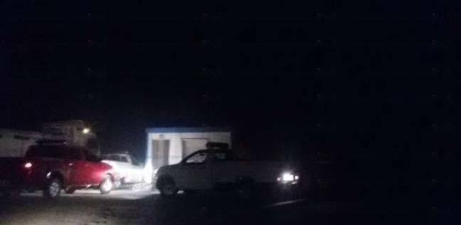 مدير أمن بني سويف يعاين موقع حادث هجوم إرهابي على بوابة تحصيل رسوم