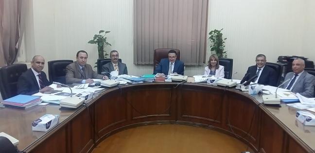 المحافظات   لجنة قيادات جامعة بنها تستقبل المتقدمين للوظائف القيادية